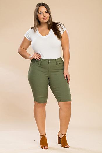 Junior Plus Size WannaBettaButt Twill Bermuda Shorts