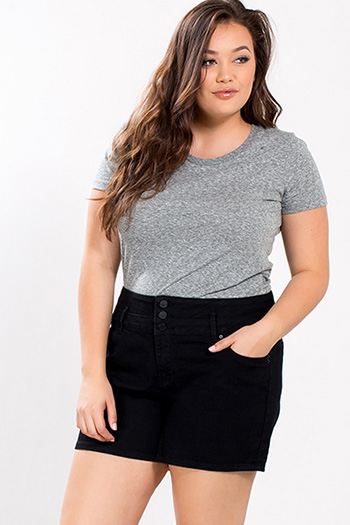 Junior Plus Size Love Shorts