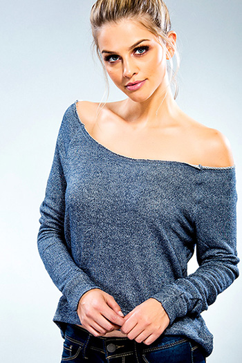Junior Off-The-Shoulder Long Sleeve Top