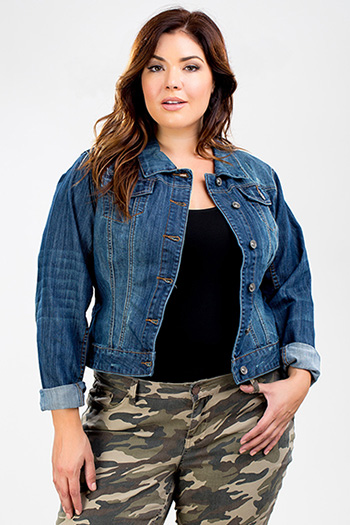 Junior Plus Size Cropped Denim Jacket