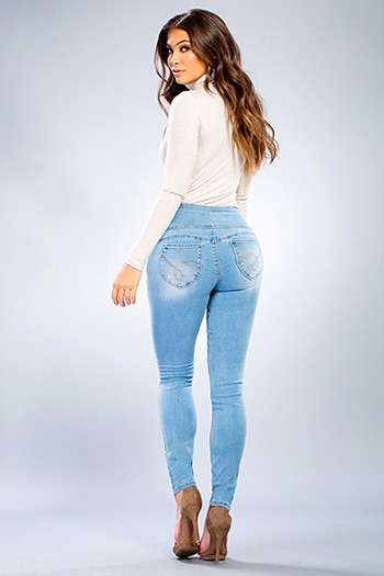 Junior WannaBettaShape Side Zip Skinny Jean