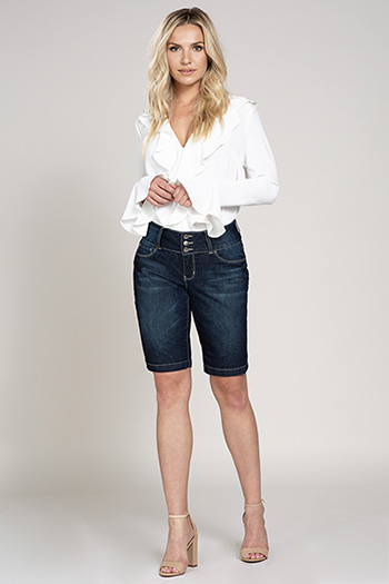 Women Petite 3-Button Denim Bermuda