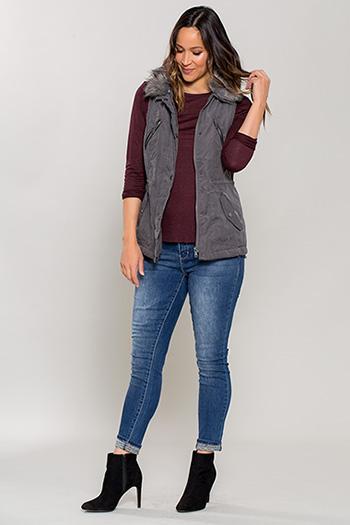 Women Vest with Detachable Fur Collar