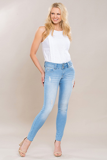 Women WannaBettaButt 3-Button Jean