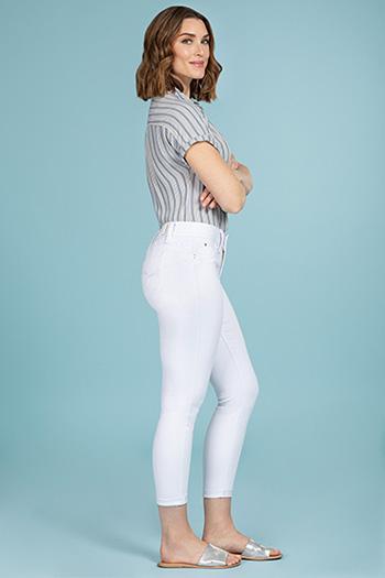 Women WannaBettaButt 2-Button Cuffed Jean