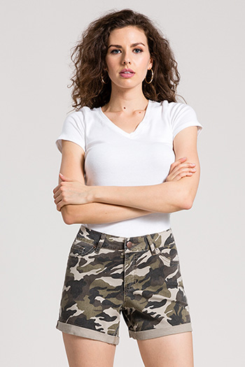 Women Cuffed Camo Shorts