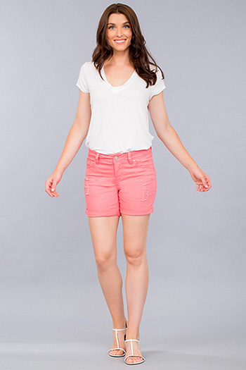 Women WannaBettaButt Cuffed Shorts