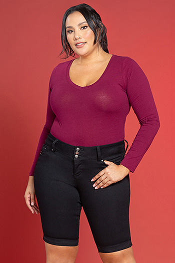 Women Plus Size WannaBettaButt 3-Button Bermuda