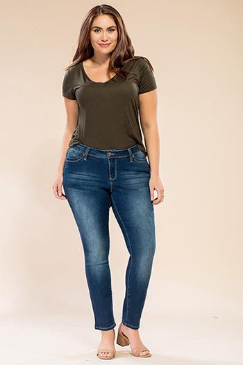 Women Plus Size WannaBettaButt Skinny Pant