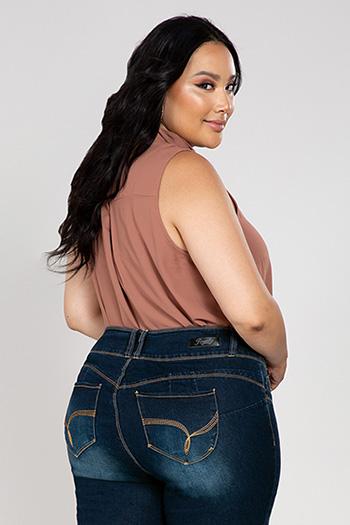 Women Plus Size WannaBettaButt 3-Button Skinny Jean