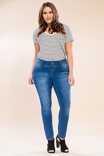Women Plus Size WannaBettaButt 3-Button Skinny Jeans
