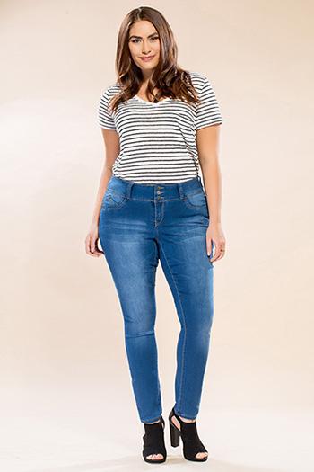 Women Plus Size Triple-Button WannaBettaButt Skinny Jeans