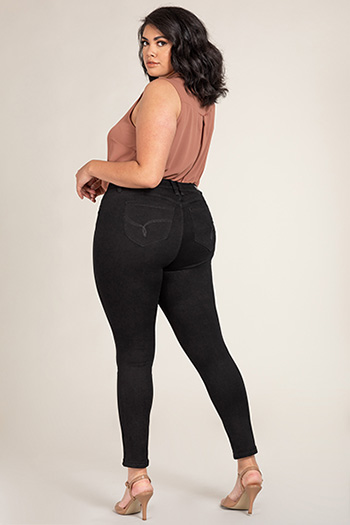 Women Plus Size WannaBettaButt Single-Button Skinny