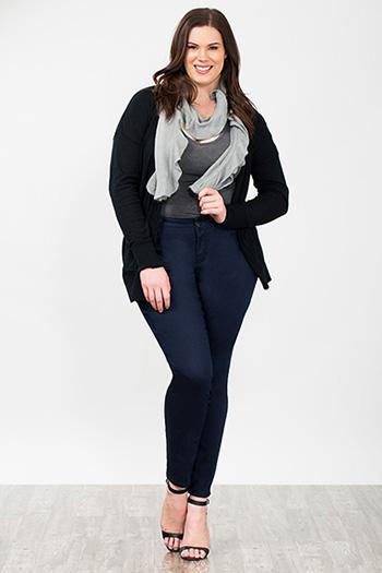Women Plus Size WannaBettaButt Twill Skinny