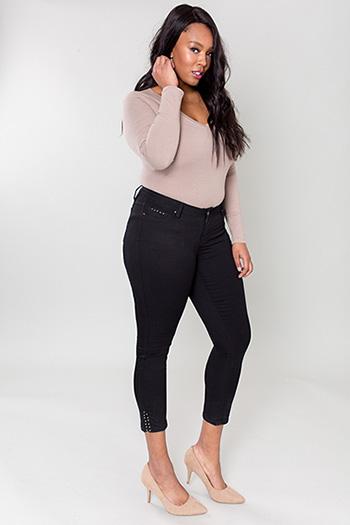 Women Plus Size Studded Split Hem Anklet Pants