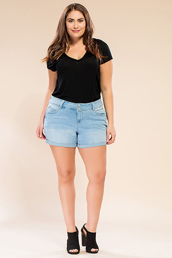 Women Plus Size WannaBettaButt Double Button Cuffed Shorts